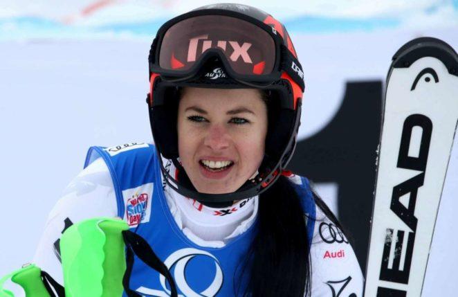 stephanie-brunner-alpine-skiing-fis-world-cup-2017-in-lienz-03-662x429