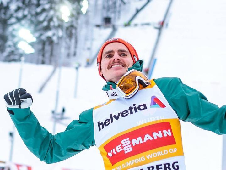 17 12 2017 Gross Titlis Schanze Engelberg SUI FIS Weltcup Ski Sprung Engelberg im Bild Sieger